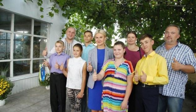 На Харківщині для прийомної родини побудували дім