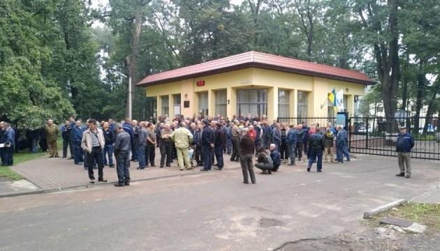 Розтрата на Львівському бронетанковому: директора не пустили на роботу
