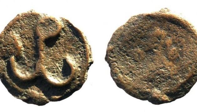 В Чернигове археологи нашли уникальную монету из Херсонеса