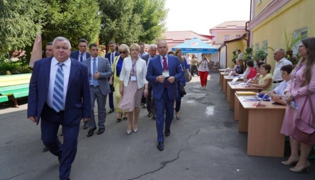 Голова Одеської ОДА передав Гриневич пропозиції щодо Wi-Fi у школах