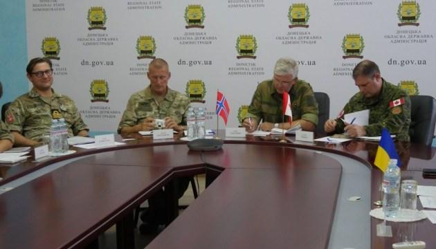 Військові спостерігачі назвали найбільш гарячі точки Донеччини