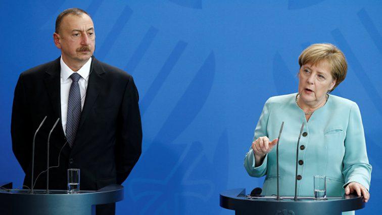Канцлер Німеччини Ангела Меркель і президент Азербайджан Ільхам Алієв