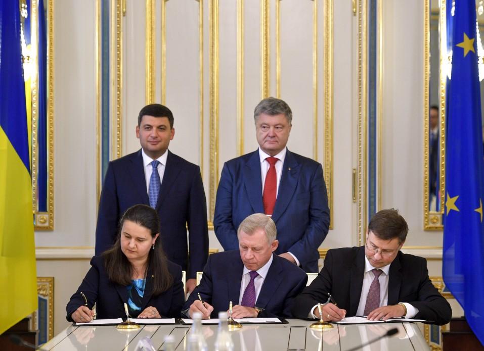 Ukraine und EU unterzeichnen Kreditvereinbarung in Höhe von 1 ...