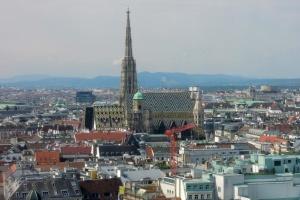 В Австрії закривають усі готелі для туристів