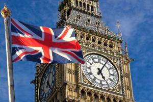 Дострокові парламентські вибори відбудуться сьогодні в Британії