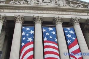 """У Сенаті США з'явився двопартійний законопроект, який може припинити """"шатдаун"""""""