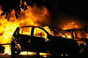 Вночі у Києві горіли п'ять авто