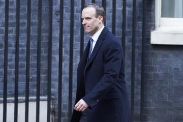 Titular de Exteriores británico: Reino Unido trabaja para disuadir a Rusia de una mayor agresión