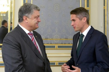 Ukrainian president, UK defence secretary discuss strengthening sanctions against Russia