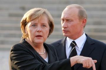 Angela Merkel et Vladimir Poutine ont discuté des conflits en Ukraine, en Libye et en Syrie