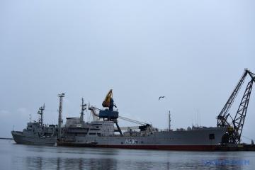 Ucrania exige que Rusia devuelva inmediatamente los buques incautados en el mar de Azov