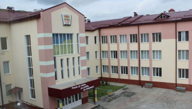 В Луцке открыли школу, построенную впервые за годы независимости