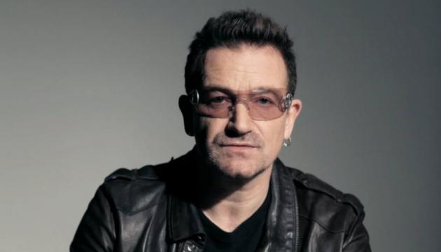 Солист U2 во время концерта в Берлине потерял голос