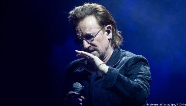 Лідер U2 Боно відновив голос і анонсував концерт у Берліні