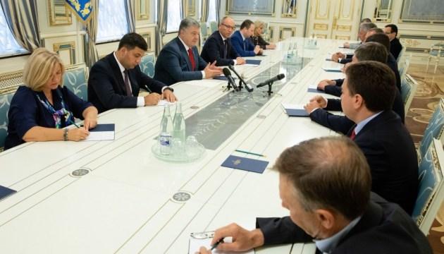 Порошенко до 30 сентября направит Москве документы о прекращении