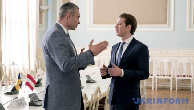 Кличко попросив у Курца допомоги у звільненні в'язнів Кремля