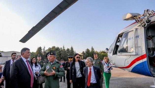 Україна виграла тендер на ремонт вертольотів турецької жандармерії