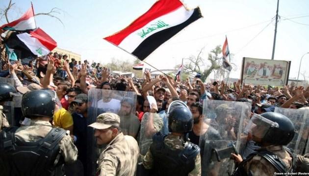 В Ираке во время протестов погибли пять человек, десятки раненых