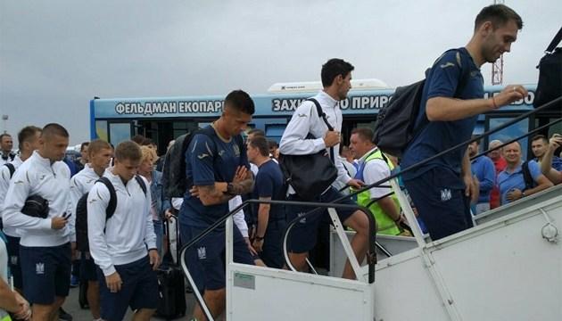 Сборная Украины по футболу отправилась в Чехию на матч Лиги наций УЕФА