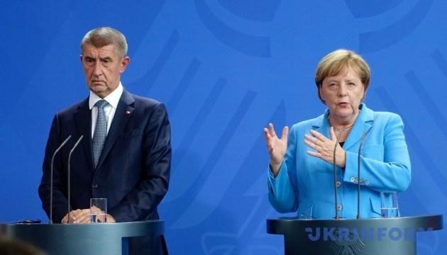 Шенген опиниться під загрозою без міграційного плану — прем'єр Чехії