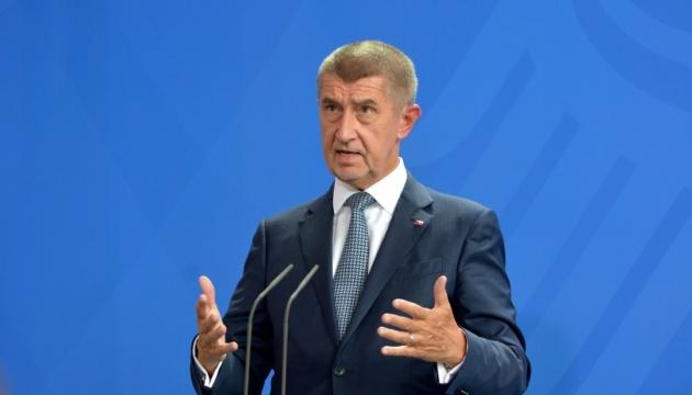 Прем'єр Чехії хоче вигнати мігрантів з Європи