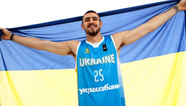 Баскетболисты Лень и Михайлюк примерили форму сборной Украины