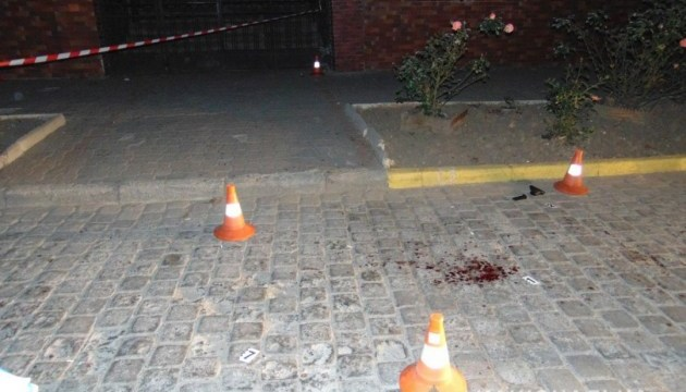 В центре Черновцов произошла стрельба, есть раненые