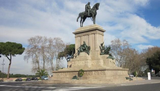 У Римі блискавка пошкодила пам'ятник Гарібальді