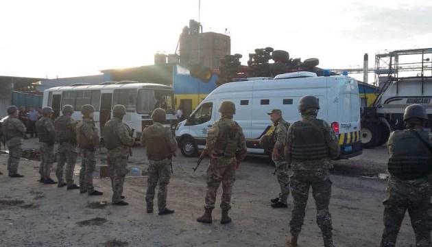На Харківщині затримали 22 учасників кривавого нападу на елеватор