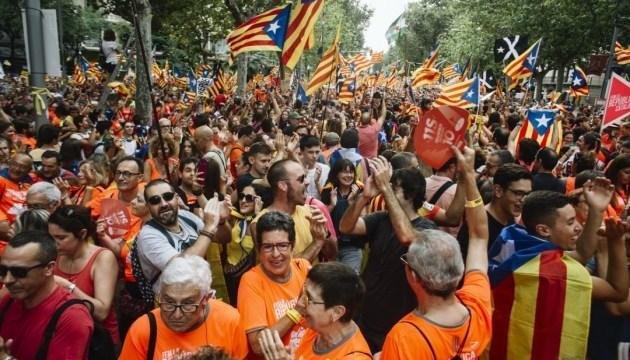 Битва за Каталонию: Почему она снова в центре внимания в Испании?