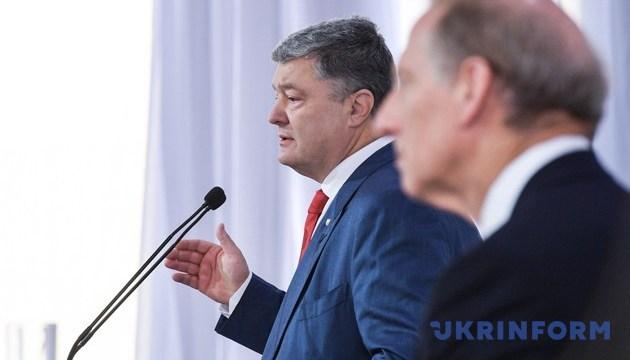 Мы знаем, кого Кремль хочет видеть во втором туре президентских выборов — Порошенко