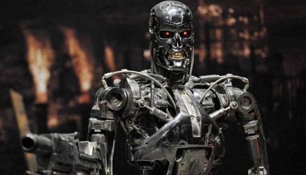 """Создание """"роботов-убийц"""" будет продолжаться, пока есть недоверие и соперничество сверхдержав"""
