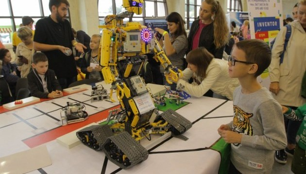 В Днипре стартовало инженерное шоу - Interpipe TechFest