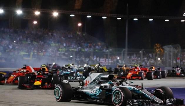 Формула-1: Хэмилтон победил на Гран-при Сингапура