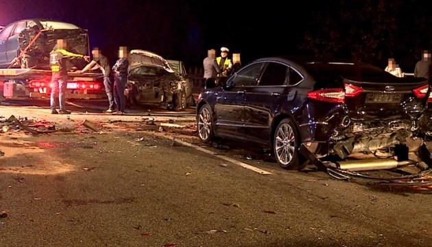 На півдні Польщі зіткнулося 16 автомобілів, є загиблі