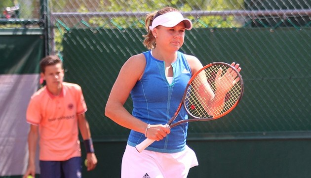 Теннис: Козлова успешно стартовала на турнире WTA International в Китае