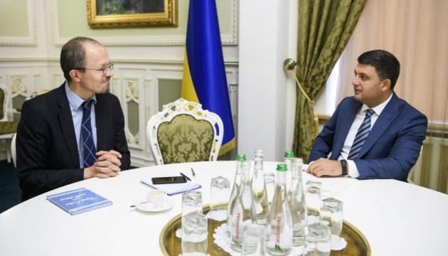 Groysman explica a Alemania lo que significaría el Nord Stream 2 para Europa