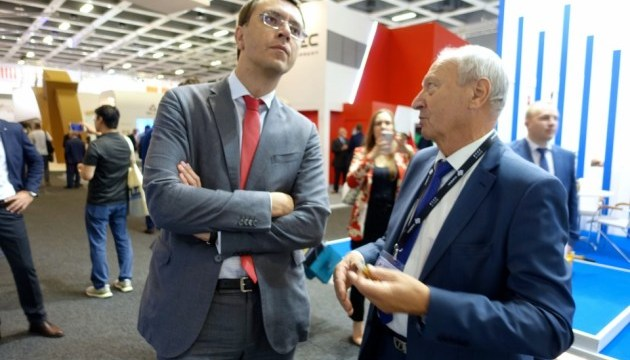 Перша в Україні дорога за євростандартами може з'явитися на Донбасі – Омелян