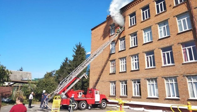 У Хмельницькому горіла школа