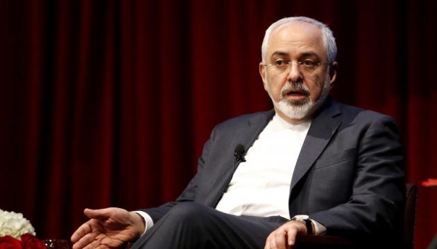 Глава МИД Ирана срочно прибыл на саммит G7