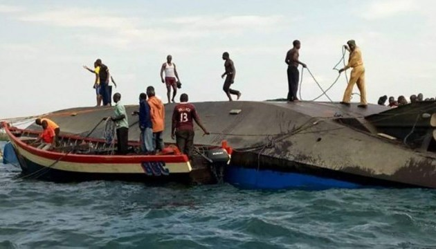 Кількість загиблих внаслідок аварії порома у Танзанії зросла до 136 людей