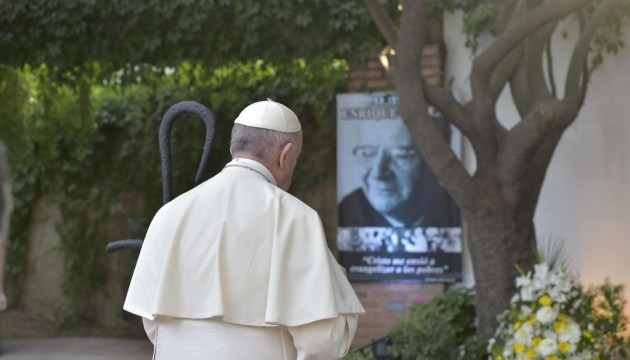 Сексуальний скандал у Чилі відправив у відставку вже сімох єпископів