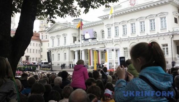 Папа Римский прибыл в Вильнюс