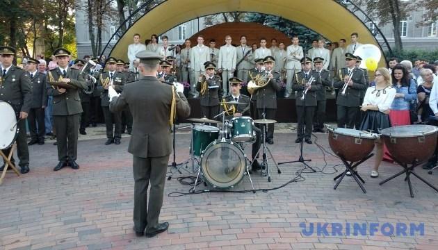У Чернігові відкрився ІІІ Всеукраїнський фестиваль духових оркестрів