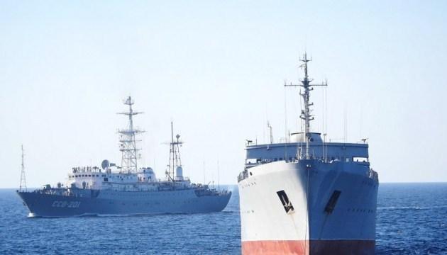 50 Flugzeuge und 10 Kriegsschiffe: Russland hält Militärmanöver auf der Krim ab