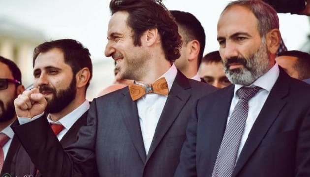 Новим мером Єревана стане комік - ЗМІ