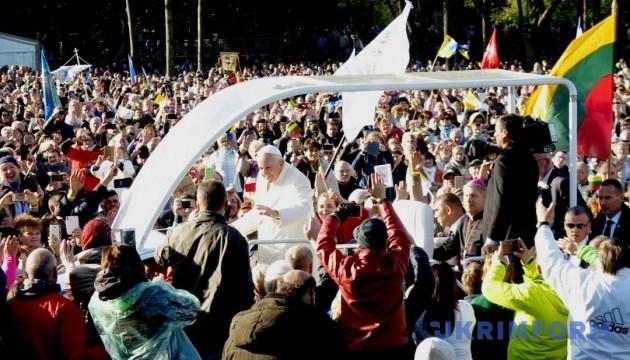 Чем важен визит Франциска для Вильнюса и Киева. И чем неприятен для Москвы