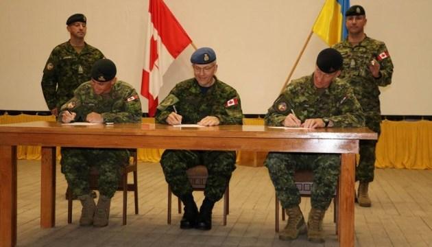 """Миссия """"Unifier"""": канадские военные провели ротацию в Украине"""