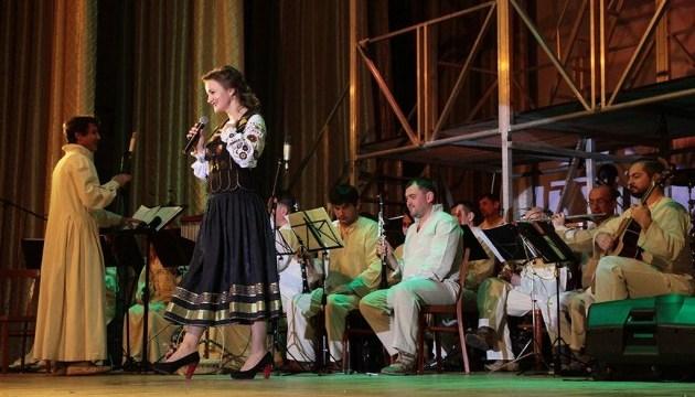 Франківський театр безкоштовно покаже шість вистав у Кропивницькому