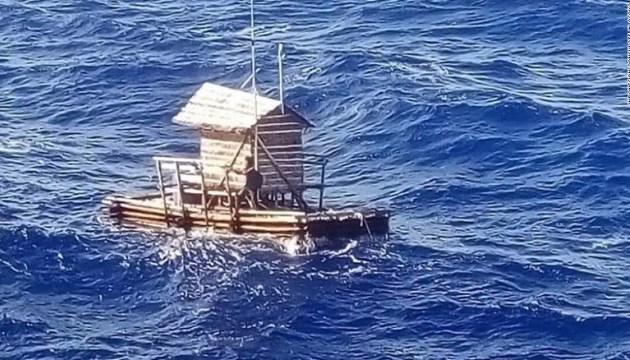 В Индонезии спасли юношу, который провел почти 50 дней в открытом море